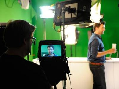 "Casimir Kast Verpackungen und Displays - Making of ""Love Mom"""